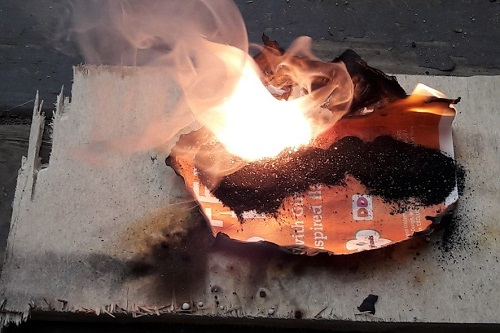 Black Powder Burning | How to Make Old-Fashioned Gunpowder