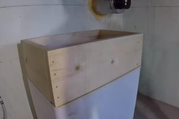 Chest Freezer With Collar