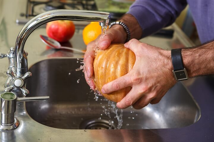 Washing Pumpkin
